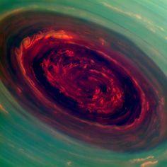 PIA14944_SaturnHur1000