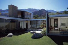 WANKEN - The Blog of Shelby White » Kaufmann Desert House
