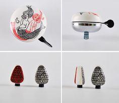 Zaczarowana Walizka / Magic Suitcase #accesories #caps #bicycle #sirens #sea #valve #bell
