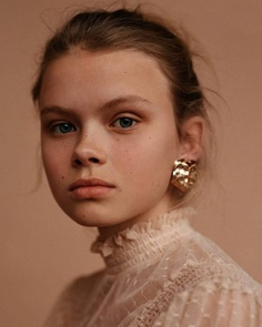 Aesthetic and Delicate Beauty Photography by Anya Holdstock