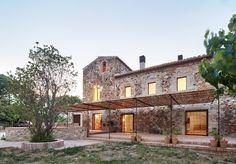 Farmhouse Rehabilitated in Emporda