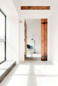 The Design Chaser: Interior Styling | Rustic Doors