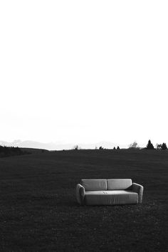 manuelnieberle. #sofa #white #nieberle #manuel #black #photography