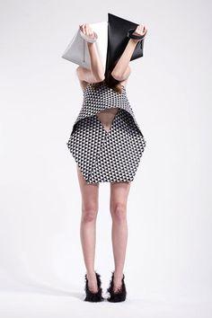 Buamai Alizedwitz02 745159.jpg 400×600 Pixels #fashion #pattern