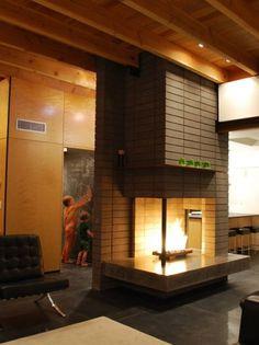 Silvertree Residence in Arizona by Secrest Architecture | Design Milk #concrete #arizona #secrest #glass #architecture #fireplace