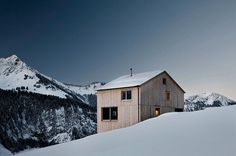 Fontanella House by Bernardo Bader #modern #design #minimalism #minimal #leibal #minimalist