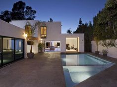 1060 Woodland Drive in Beverly Hills #beverly #architecture #california #hills
