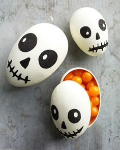 Easter Egg Skull Halloween Treat Box #egg #favor #box #easter #diy #treat
