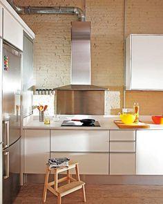 Den ofärdiga stilen stark – tegelvägg i köket nästa trend Sköna hem #brick #interior #decor #kitchen #wall #deco #decoration