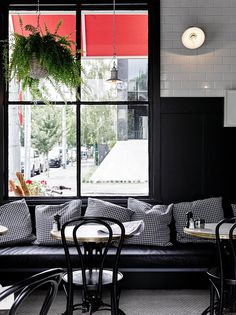 Entrecote South Yarra – Inspired by Parisian Bistro / Flack Studio