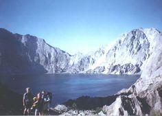 rj2.jpg (647×465) #pinatubo #1990 #volcano #film #lake #pinatobo
