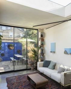 living room / RISE Design Studio
