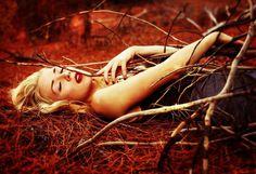 Artistic Aelf Portrait Photography Ideas by Amy Haslehurst #photography #portrait #femaleModel #fineArt
