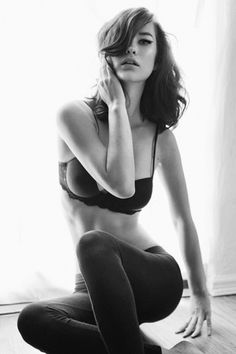 tumblr_la8av30eub1qzs0yso1_500.jpg (467×700) #photography #model #portrait #black and white #beautiful