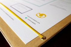 Amicus Apple #dashed #print #design #menu #boxes #wood #drinks #cocktails