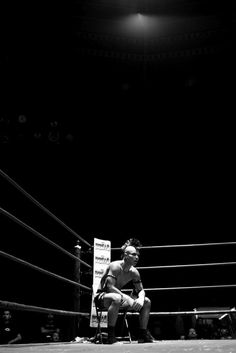 estevan oriol #punk #tevan #b&w #fight #oriol