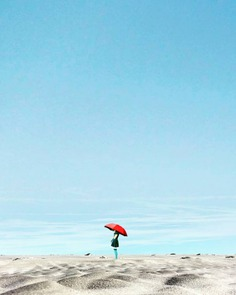 Creative and Colorful Minimalist Photography by Roynaldi Saputra
