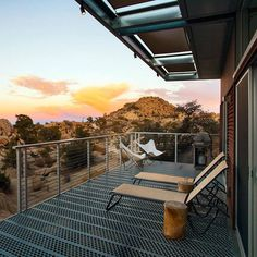 Prefab Sustainable Home Perched Amidst a Pristine High Desert 16