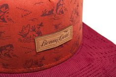 Looking Close #gold #hat #pattern #benny