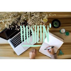 Hustlin' #interior #calligraphy #lettering #handlettering #photo #parhelia #30days #photography #workspace
