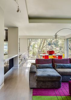 A Rejuvenated Circa 1980 Modernist House / Mark Brand Architecture