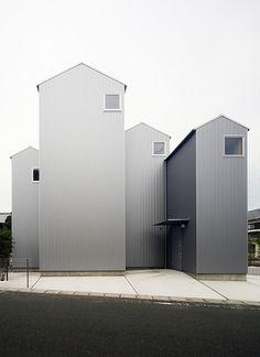 House in Kossi / Shuhei Goto Architects