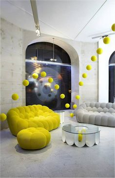 Bubble-Sofa by Sacha Lakic stylish, colourful and completely handmade- www.homeworlddesign. com (6) #sofa #design #furniture