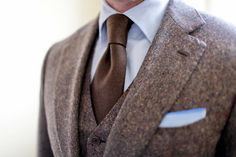 Brown suit & tie #brown #tie #classy #suit
