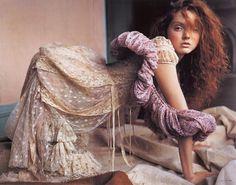 Vogue-Nippon-March-2006-PhotosBy-Carter-Smith-06.jpg (JPEG-Grafik, 1528x1200 Pixel) #fashion #girl