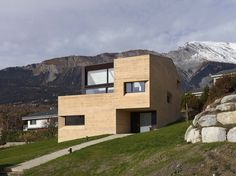 #mountain #house #concrete