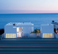 BAY - updates #houses #sea #architecture #road