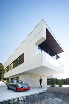 Syncline Residence in Halifax, Omar Gandhi Architect