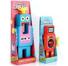 suck uk robot nutcrackers designboom05