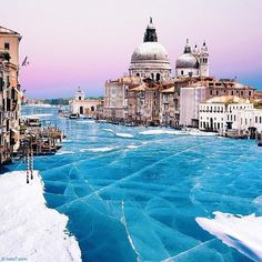 frozenvenice02 #frozen #venice #photography #canal #italy