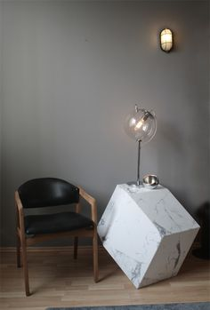 Andres Gutiérrez - 403 Norte #interior #marble #chair #lamp #neat