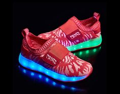 2016 new children's shoes luminous red