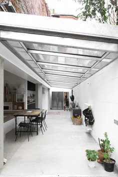 M20 Extension of a Charterhouse by BAST