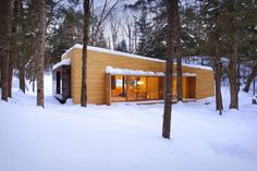 La Luge: Holiday House in The Midst of The Forest #interior #design #architecture