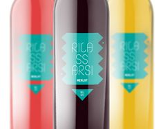 Rilassarsi on Behance #wine #bottle