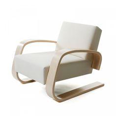 "Armchair 400 ""Tank Chair"" by Alvar Aalto for Artek. #armchair #artek"
