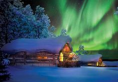 Glass Igloo Lets You Sleep Under the Northern Lights #NorthernLights #Kakslauttanen #ArcticResort
