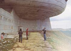Monument #path #peak #buzludzha