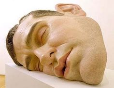 Realistic_Sculptures_by_Ron_Mueck__1.jpg (JPEG Image, 400x311 pixels) #ron #mueck #sculpture