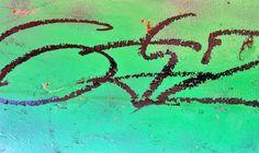 black.on.green.hydrant.01 23.december.2011