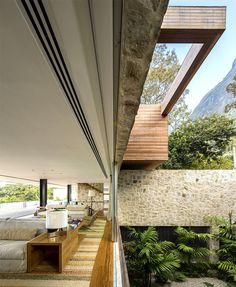 AL House   Breathtaking View and Sandstone Walls local stone cumaru wood