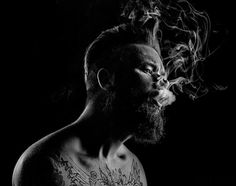 tumblr_mw4h0k8H0t1sbcy9ho1_1280.jpg (960×759) #white #smoke #black #tattoo #photography #portrait #and #man #guy