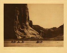 ESC1857.jpg (1024×821) #sepia #caravan #desert