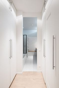 http://www.septembrearchitecture.com/files/gimgs/24_1212081658 30lr4 fa.jpg #interior #minimalistic #design #decor #deco #decoration