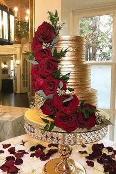 metallic wedding cake gold wedding cake cakecreationsbym