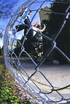 This frontside fence ride by Jason dill is fucking rad and this spot is not so easy to skate #dill